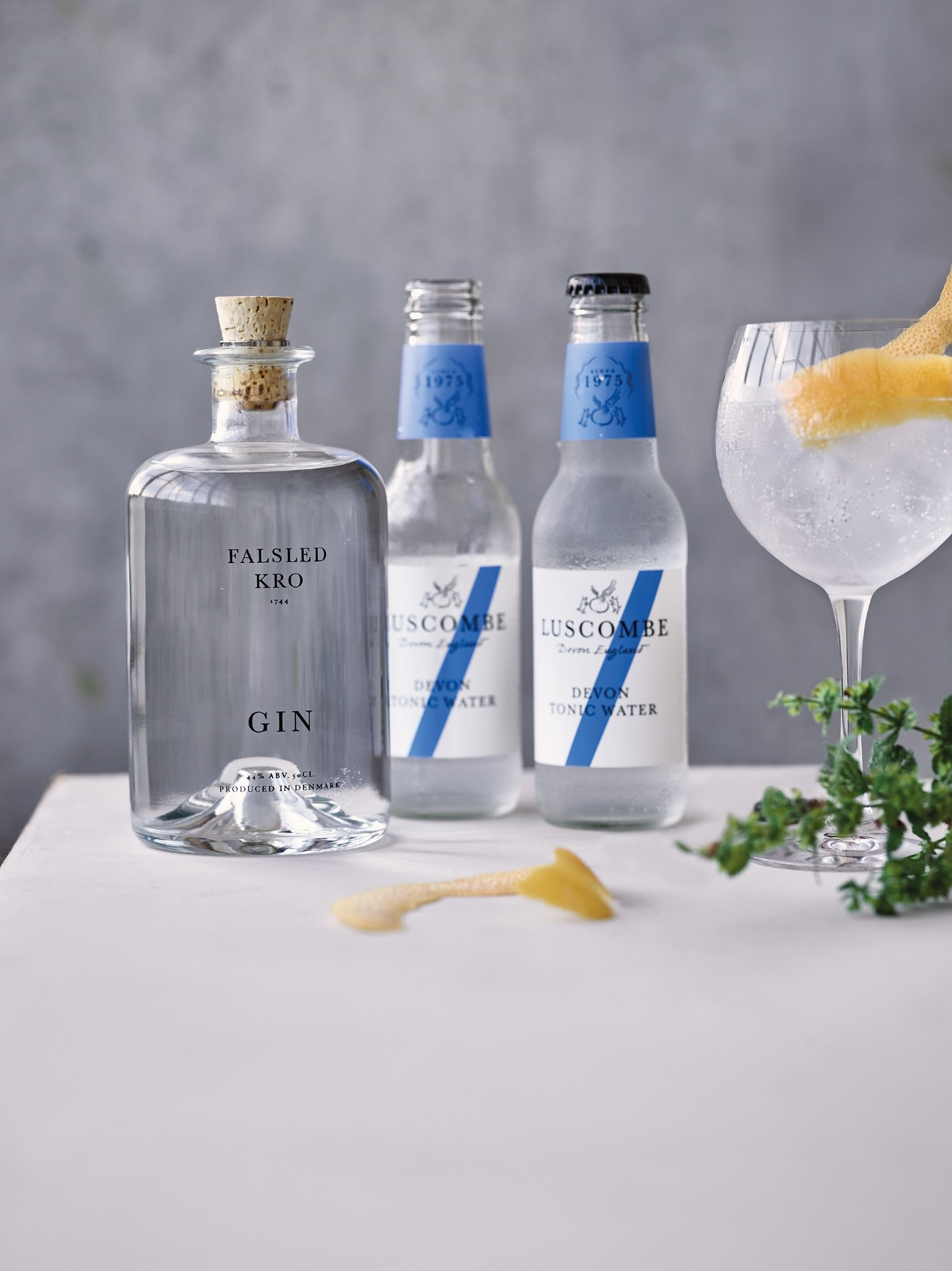 Falsled kro gin med to Luscombe tonic vand